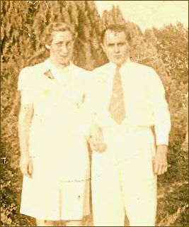 John David Hurt and wife Billie M Greer Hurt, circa 1939; Credit Linda Giovanna Zambanini