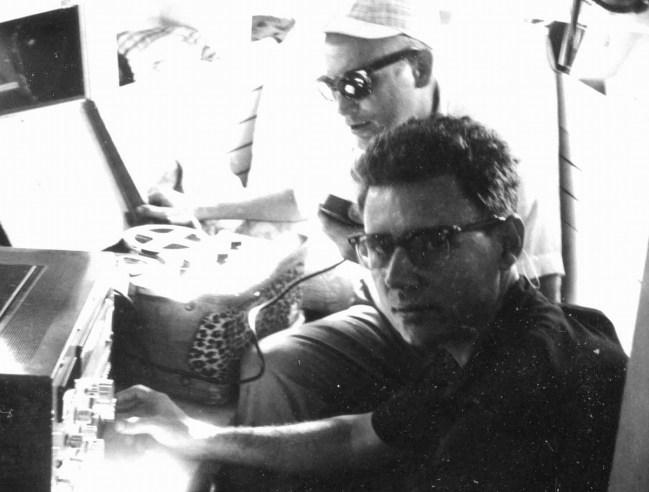 Dennis Harber (back), Isidro Borja (front)