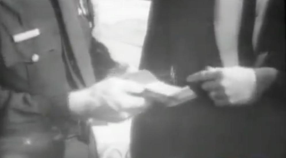 Tippit Scene Wallet