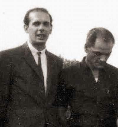 Bernardo de Torres (left)
